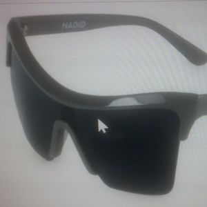 Hadid Aviator sunglasses